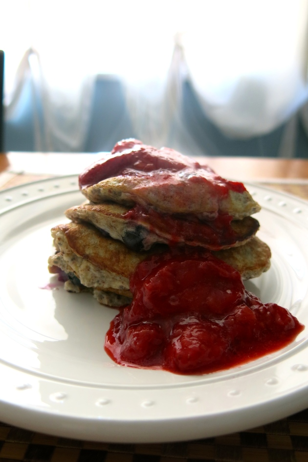 almost getting it together | banana berry chia pancakes