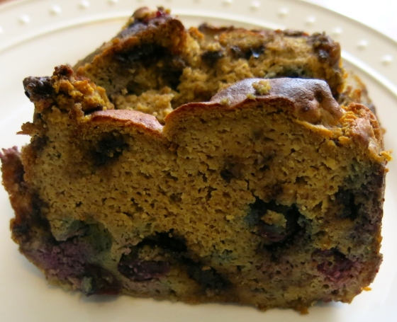 gluten free chocolate chip blueberry banana loaf | almost getting it together