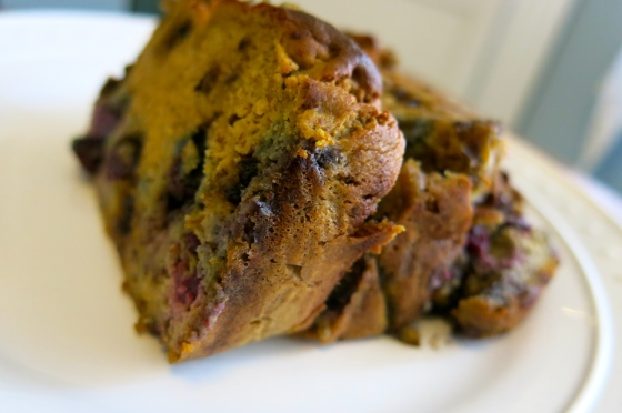 gluten free chocolate chip blueberry banana bread | almost getting it together